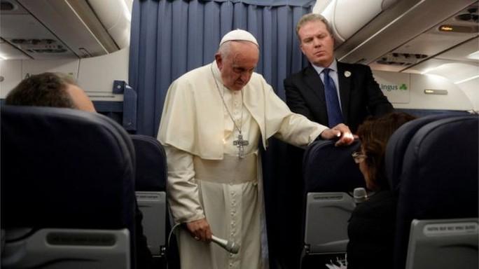 Giáo hoàng Francis im lặng về thư tố cáo lạm dụng tình dục - Ảnh 1.