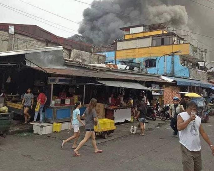 Nghịch lửa gây cháy, 5 anh em cùng một nhà tử vong - Ảnh 2.