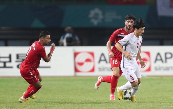 Văn Toàn ghi bàn hạ Syria, Olympic Việt Nam vào bán kết ASIAD - Ảnh 4.