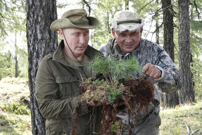 Kỳ nghỉ khỏe khoắn của tổng thống Nga - Ảnh 4.