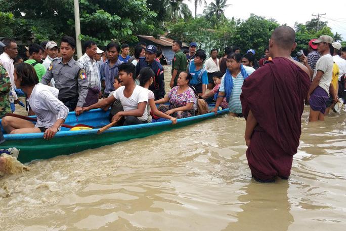 Myanmar: Vỡ đập, 100 ngôi làng ngập trong nước lũ - Ảnh 3.