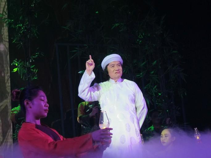 Từ chối làm giám khảo, Minh Vương hóa thân cụ Nguyễn Sinh Sắc - Ảnh 1.