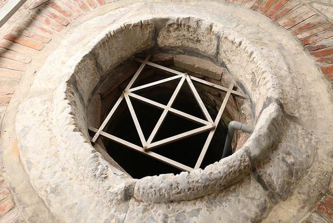 Chuyện kỳ lạ ở hai giếng nước tại Hưng Yên   - Ảnh 4.