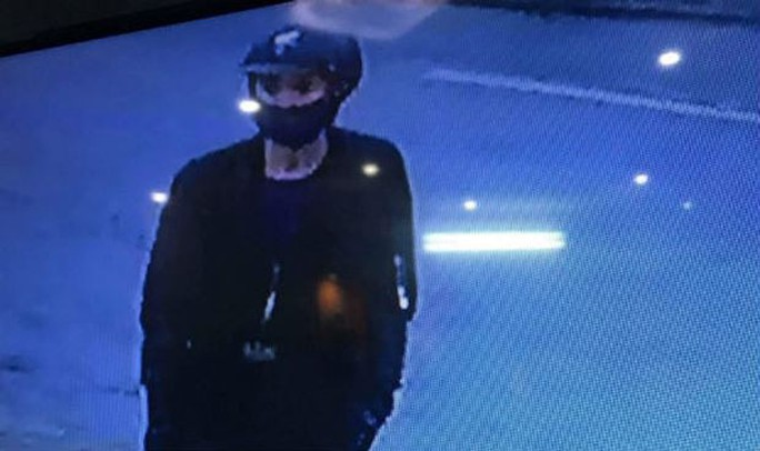 Trộm, cướp tiệm vàng táo tợn ở Quảng Nam - Ảnh 1.