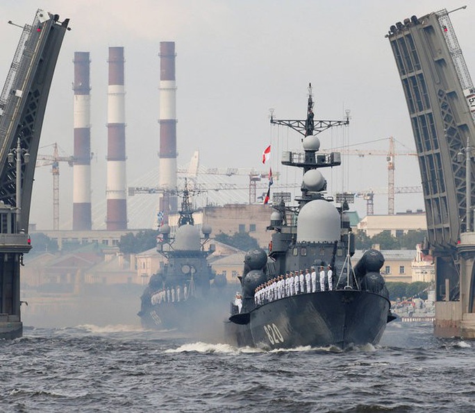 Căng thẳng ở Syria gia tăng, Nga tập trận lớn ở Địa Trung Hải - Ảnh 1.