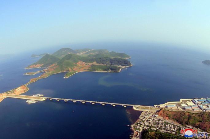 Giấc mơ thầm kín của Triều Tiên - Ảnh 1.