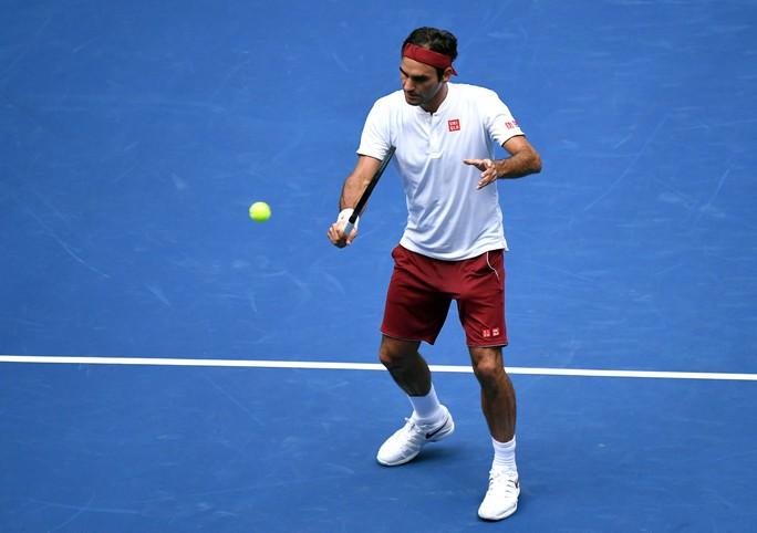 Clip: Djokovic, Federer tiếp bước Nadal vào vòng 3 US Open 2018 - Ảnh 1.