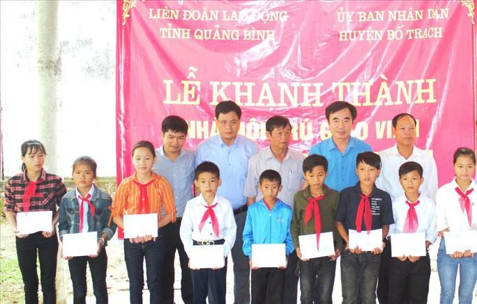 LĐLĐ tỉnh Quảng Bình: Xây nhà nội trú cho giáo viên vùng sâu - Ảnh 2.