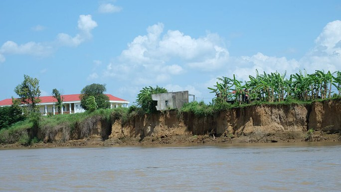Nhói lòng trước vùng sạt lở dọc sông Đồng Nai - Ảnh 7.