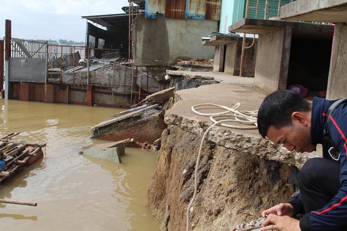 Nhói lòng trước vùng sạt lở dọc sông Đồng Nai - Ảnh 17.