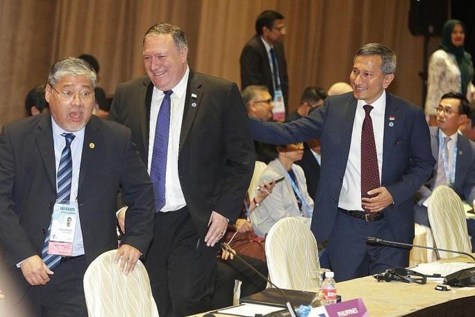 Mỹ cam kết tài trợ an ninh 300 triệu USD cho Đông Nam Á - Ảnh 2.
