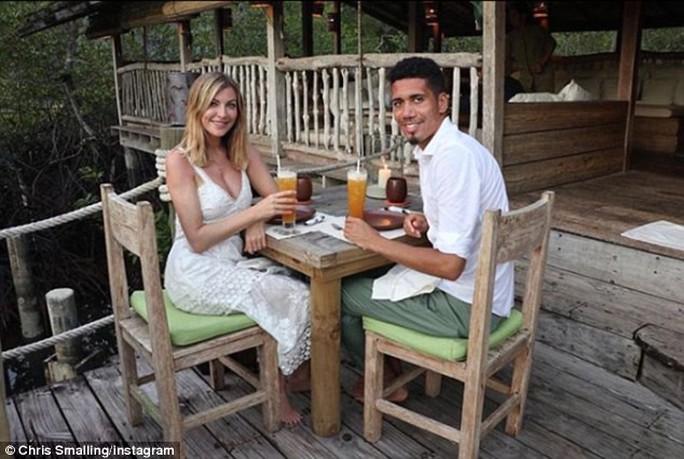 Smalling theo vợ, gia nhập hội ăn chay ở Premier League - Ảnh 1.
