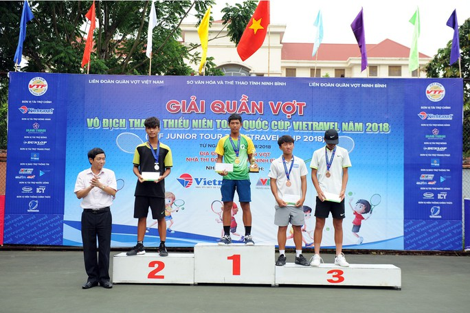 Tay vợt nữ Việt kiều vô địch U16 - Ảnh 2.