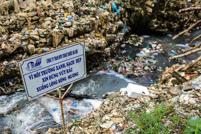 Rùng mình vào xóm rác dưới chân cầu Long Biên - Ảnh 5.