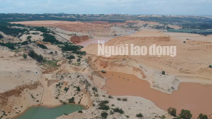 Flycam: Mỏ khai thác titan băm nát bãi biển Bình Thuận - Ảnh 4.