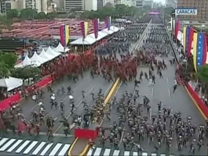 Lộ thủ phạm mưu sát Tổng thống Maduro? - Ảnh 2.
