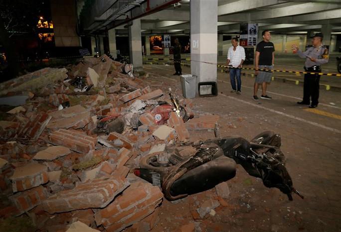 Động đất Indonesia: Gần 100 người thiệt mạng - Ảnh 4.