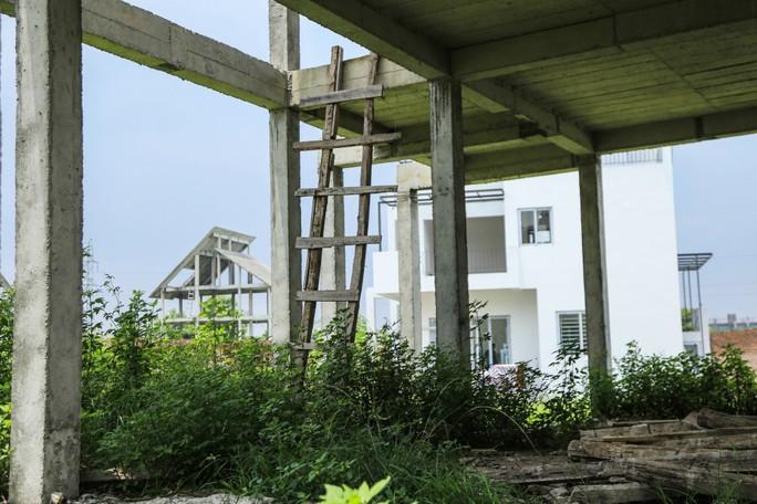 Cận cảnh dự án biệt thự 2.000 tỉ đồng bỏ hoang của Lã Vọng - Ảnh 7.