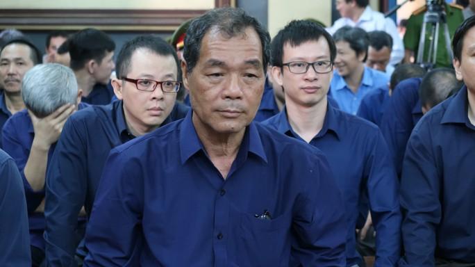 Ông Trầm Bê bị tuyên phạt 4 năm tù - Ảnh 1.