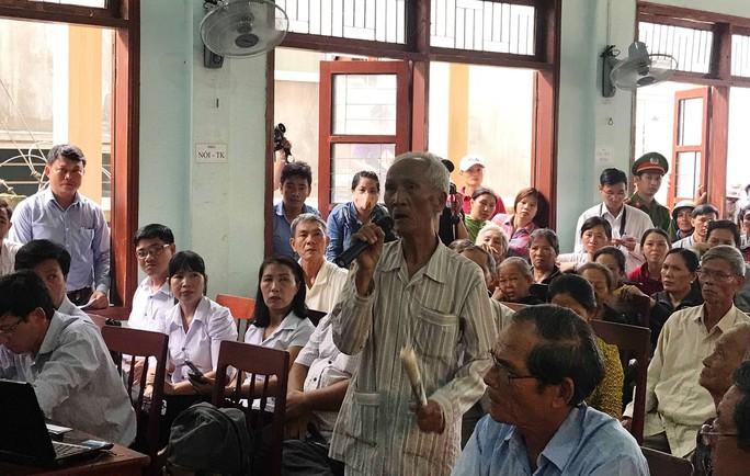 Quảng Ngãi: Dân vây lãnh đạo huyện sau buổi đối thoại về ô nhiễm môi trường - Ảnh 3.