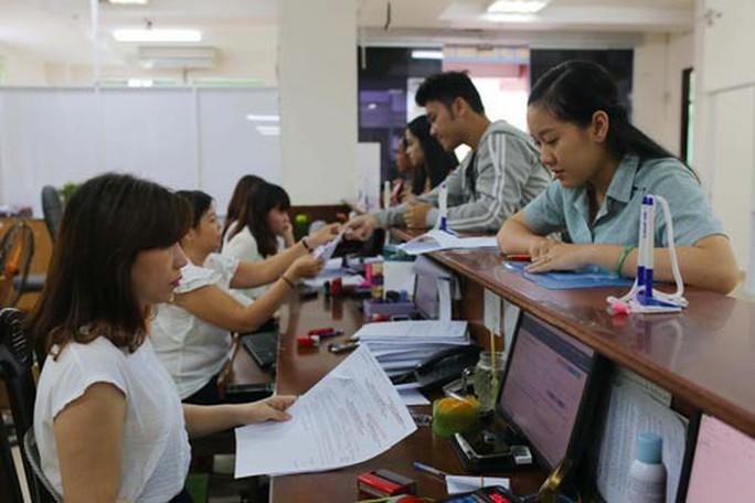 Điều chỉnh lương hưu cho lao động nữ - Ảnh 1.