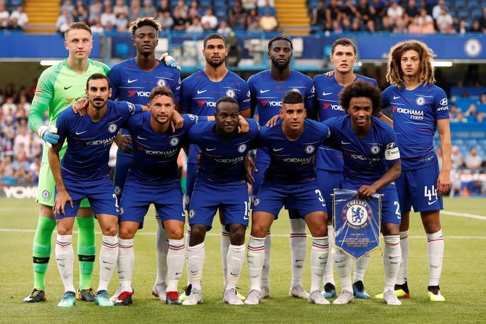 Fan Chelsea hy vọng sẽ khởi đầu suôn sẻ tại Premier League - Ảnh 7.