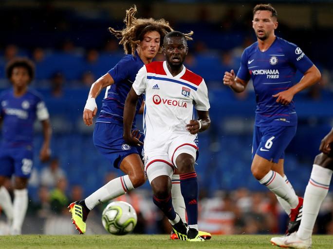 Fan Chelsea hy vọng sẽ khởi đầu suôn sẻ tại Premier League - Ảnh 6.