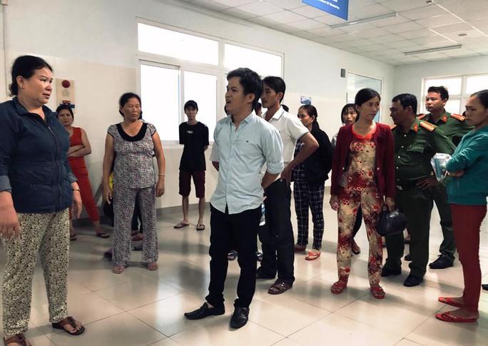 Quảng Ngãi: Thai phụ tử vong tại bệnh viện, người nhà bức xúc - Ảnh 3.