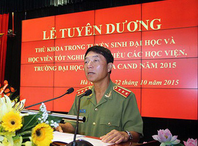 Trình Chủ tịch nước giáng cấp ông Bùi Văn Thành từ Trung tướng xuống đại tá - Ảnh 2.