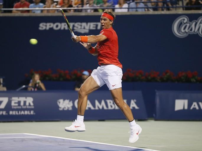 Clip: Nadal thắng nhẹ Paire, vào đối mặt Wawrinka ở Rogers Cup 2018 - Ảnh 2.