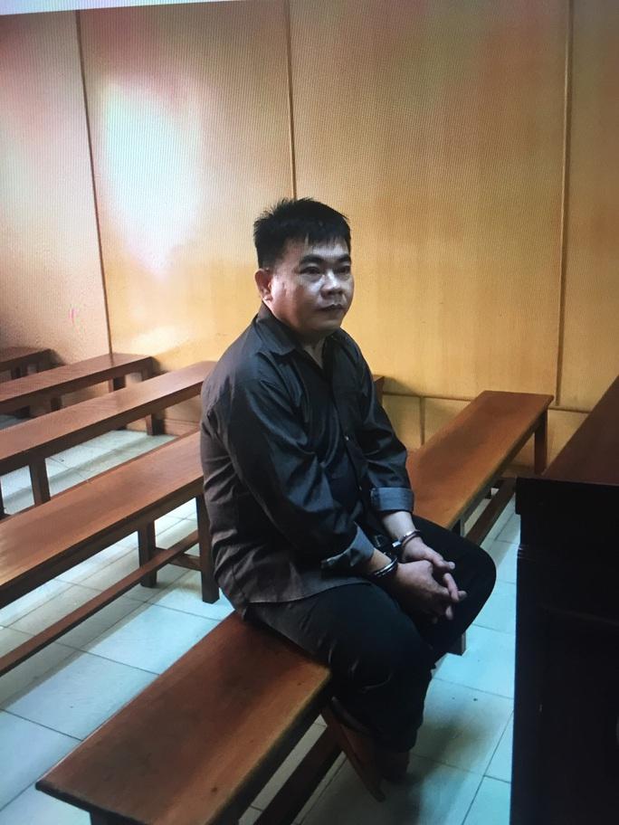 Nổ quen lãnh đạo Sân bay Tân Sơn Nhất để kiếm chác - Ảnh 1.