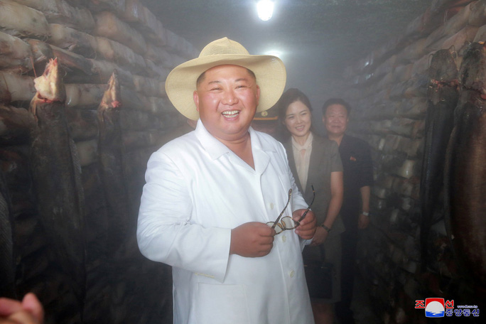 Hình ảnh lạ của ông Kim Jong-un - Ảnh 8.