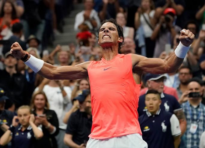 Clip: Serena Williams dễ dàng đánh bại chị gái, Nadal vất vả trước tài năng trẻ - Ảnh 7.