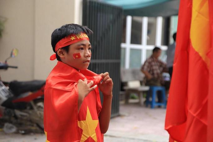 Olympic Việt Nam vuột Huy chương Đồng, Hồ Gươm vắng cổ động viên - Ảnh 7.