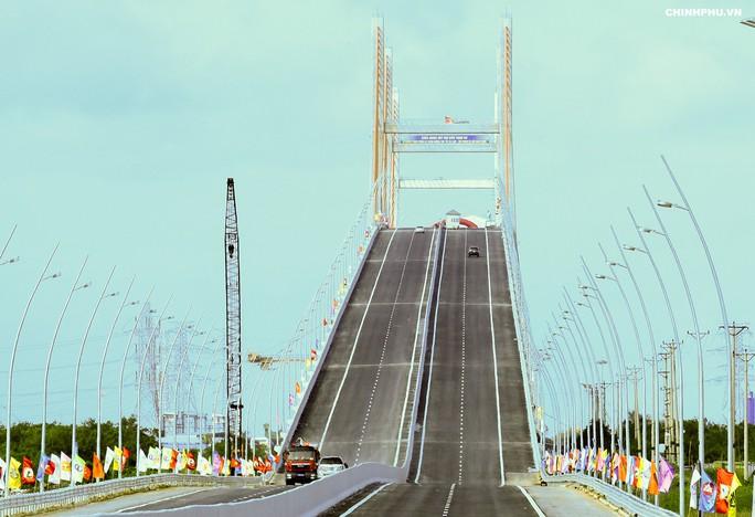 Thông xe cao tốc Hạ Long-Hải Phòng, đi Hà Nội tới Hạ Long chỉ mất 1,5 giờ - Ảnh 4.