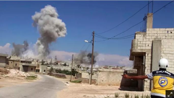 Nga tố Mỹ sử dụng bom phốt pho ở Syria - Ảnh 1.