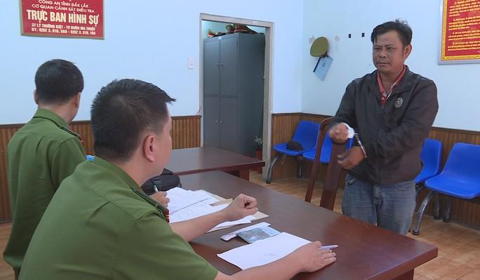 Bảo vệ đâm chết nữ quản lý Điện Máy Xanh vì bị dọa cho nghỉ việc - Ảnh 2.