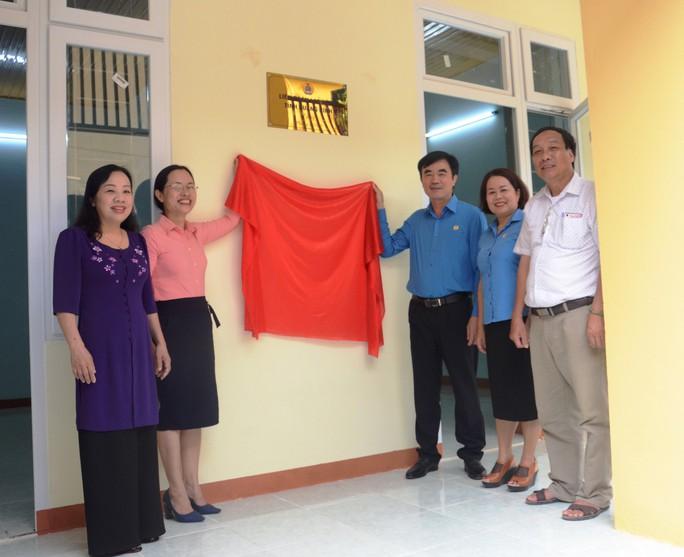 Quảng Bình: Trao Mái ấm Công đoàn cho giáo viên ở vùng sâu - Ảnh 2.