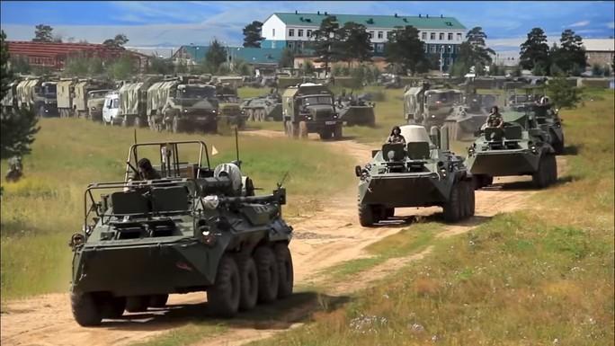 Ông Putin gặp ông Tập ngay lúc Nga khai màn tập trận khủng - Ảnh 3.