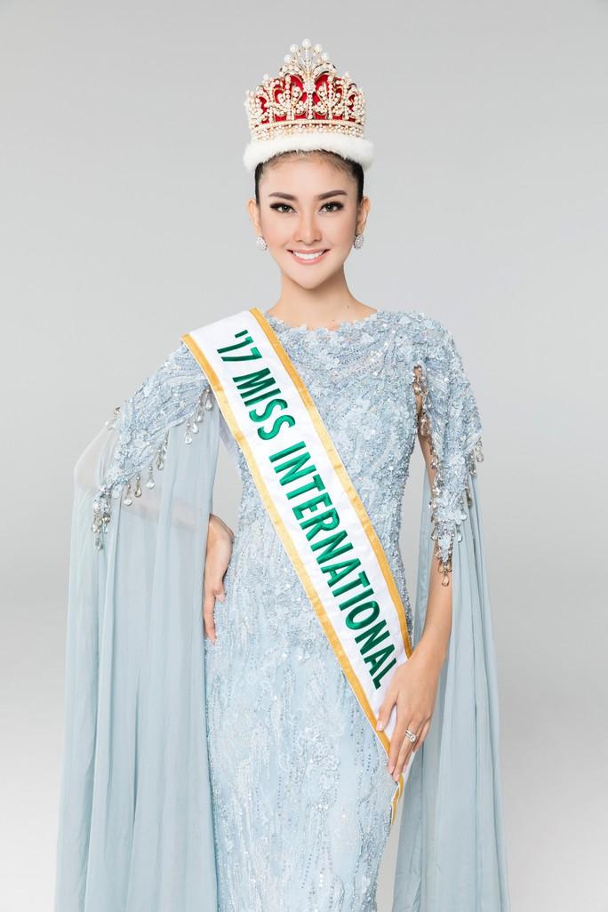 4 người đẹp thế giới xuất hiện trong chung kết Hoa hậu Việt Nam 2018 - Ảnh 1.