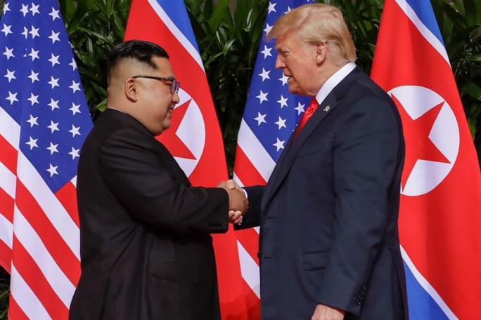 Ông Kim Jong-un gởi thư nồng ấm, ông Trump chuẩn bị thượng đỉnh lần 2 - Ảnh 2.