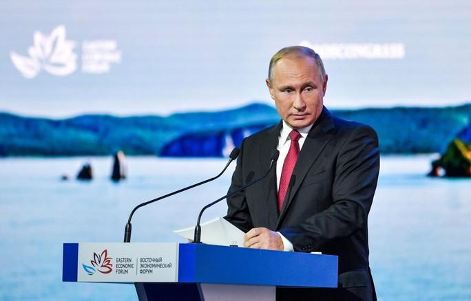 Ông Putin nói về các nghi phạm đầu độc cựu điệp viên Nga - Ảnh 1.