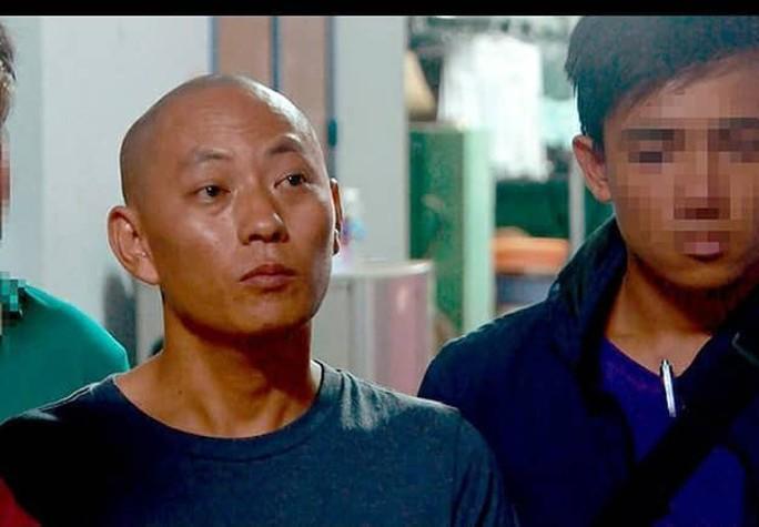 Hai kẻ cướp ngân hàng ở Khánh Hòa có thể lãnh án 20 năm tù - Ảnh 3.