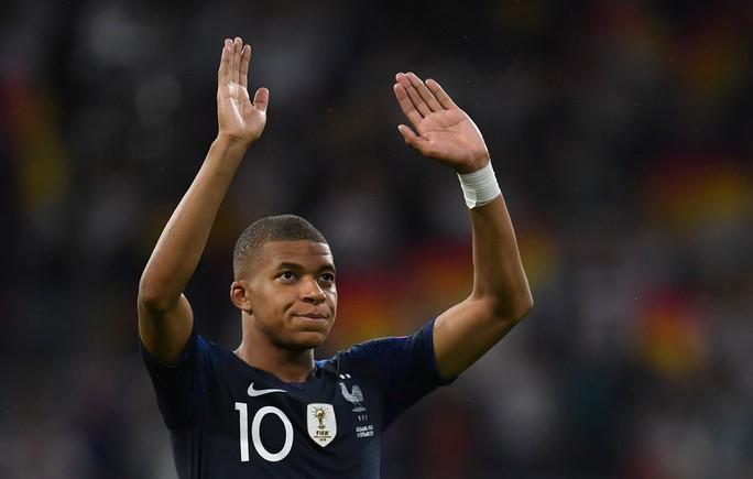 Mbappe xuất sắc hơn cả Messi, Ronaldo ở… tuổi 19 - Ảnh 1.