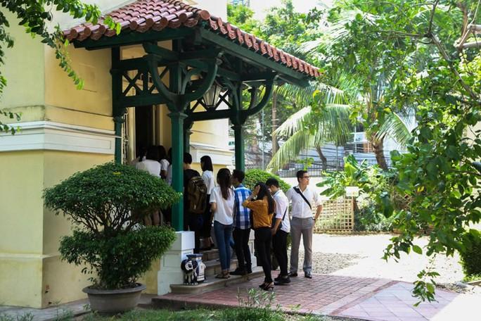 Khám phá di sản đậm dấu ấn lịch sử Đại sứ quán Pháp ở Hà Nội - Ảnh 13.