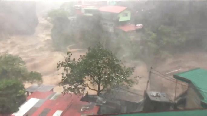 """Bão Mangkhut: Philippines tan hoang, 2 nhà máy hạt nhân Trung Quốc """"vào tầm ngắm"""" - Ảnh 1."""