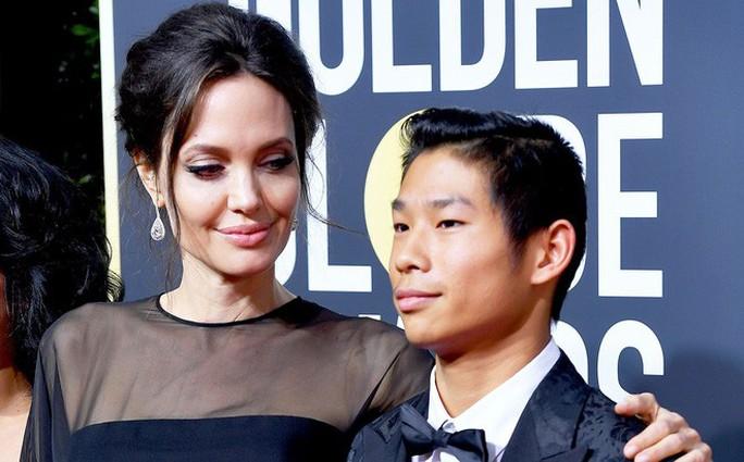 Angelina Jolie hết lòng ủng hộ điện ảnh Campuchia - Ảnh 11.