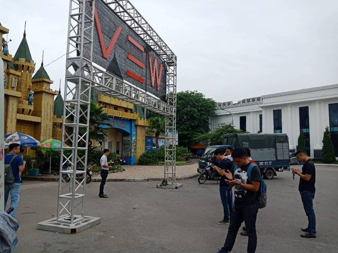 Cận cảnh phong tỏa hiện trường lễ hội âm nhạc 7 người tử vong - Ảnh 5.