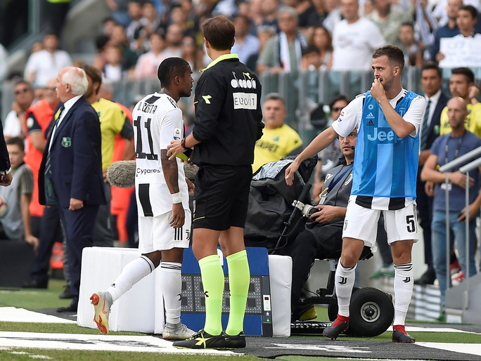 Ronaldo lần đầu ghi bàn, Juventus mở đại tiệc ở Allianz Arena - Ảnh 6.