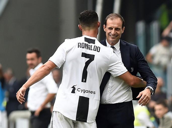 Ronaldo lần đầu ghi bàn, Juventus mở đại tiệc ở Allianz Arena - Ảnh 3.